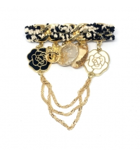 Spilla Modello Chanel con pendenti metallo