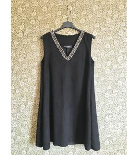 Vestito dainette nero scollo a v
